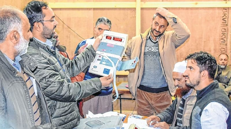 ULB polls: BJP sweeps JMC, independents emerge single-largest group in Kashmir