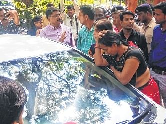 Indore: After 30 hrs of dharna, order for exam issued