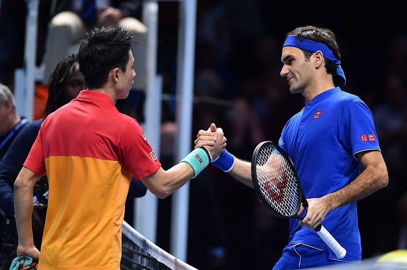 Kei Nishikori defeats Roger Federer in ATP Finals opener