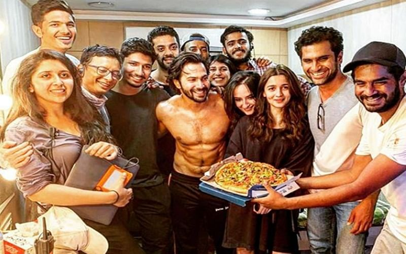 Alia Bhatt and Varun Dhawan celebrate 'Kalank' wrap schedule with Pizza party