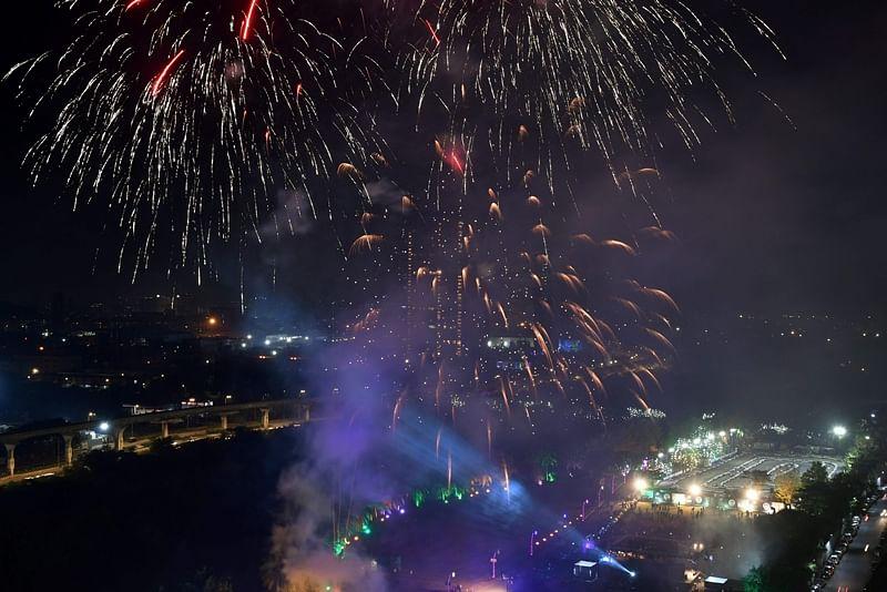 Mumbai: City witness noisy Diwali, 7 arrested for bursting firecrackers beyond deadline