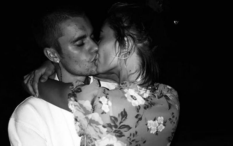 Justin Bieber-Hailey Baldwin share passionate kiss in this latest romantic picture