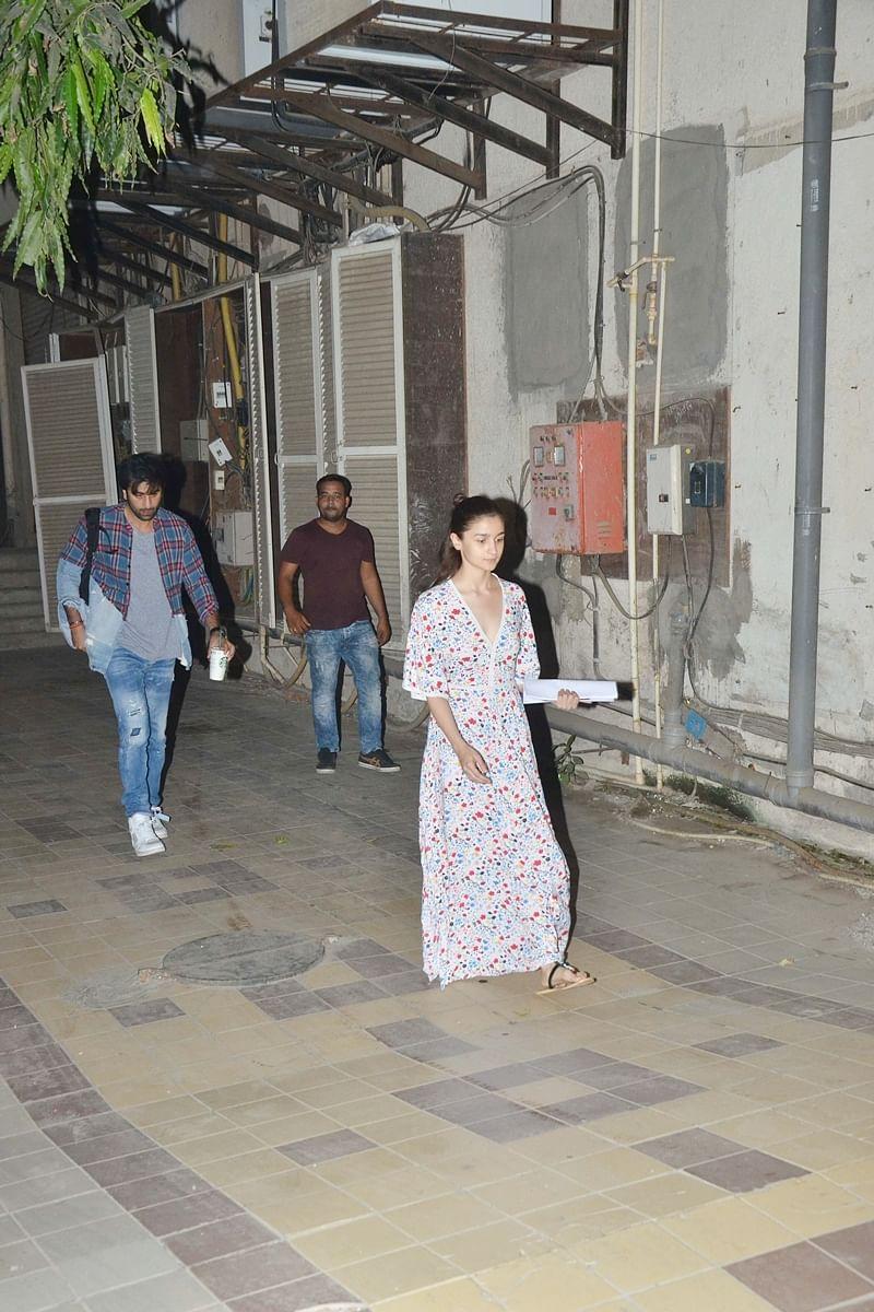 Ranbir Kapoor and Alia Bhatt. Photo By Viral Bhayani