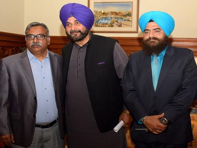 Is India Sidhu's priority or not? Congress leader slammed after Gopal Chawla shares photo with him on social media