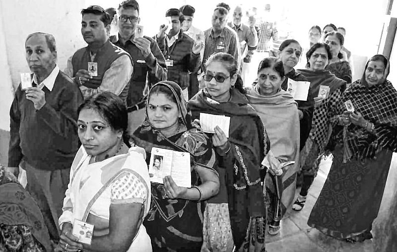 Madhya Pradesh Assembly Polls 2018: EVM snags halt polling process at some booths