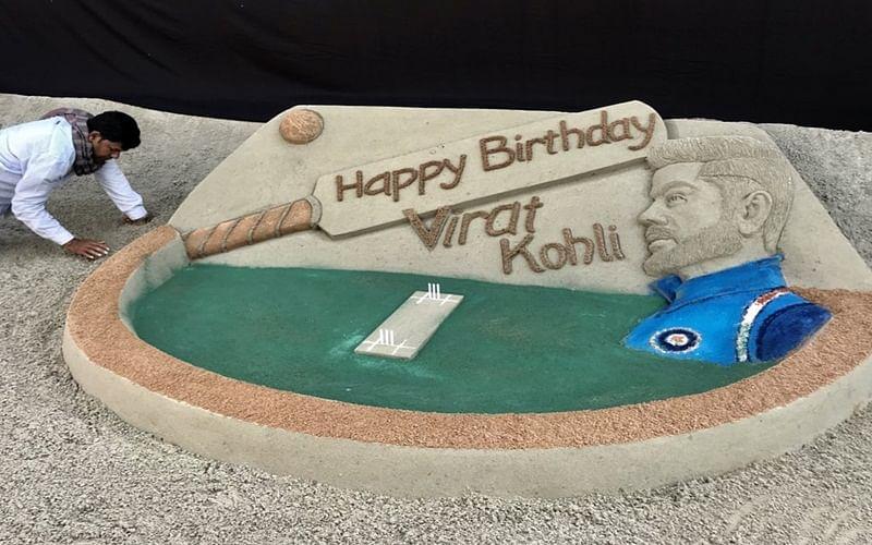 Artist Sudarsan Pattnaik makes spectacular sand art to wish Virat Kohli on 30th birthday