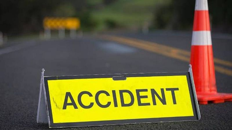 4 dead in car rollover accident on Gujarat-Daman border
