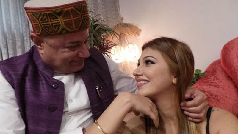 Bigg Boss 12! Jasleen Mathura's father wants to teach her a lesson for having 'fake' relationship with Anup Jalota
