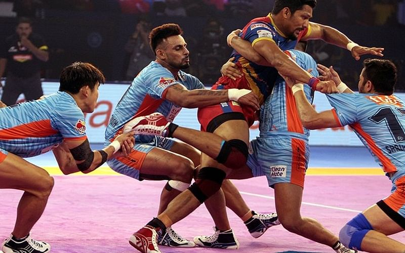 PKL 2018: Bengal Warriors continue hot streak, crush Telugu Titans 39-34