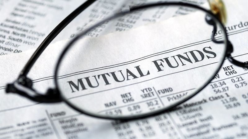 Mutual funds withdraw Rs 17,600 cr from stocks in July-August