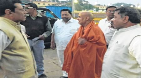 Ujjain: Shantiswarupanand leads seers into daylong fast for Ram temple
