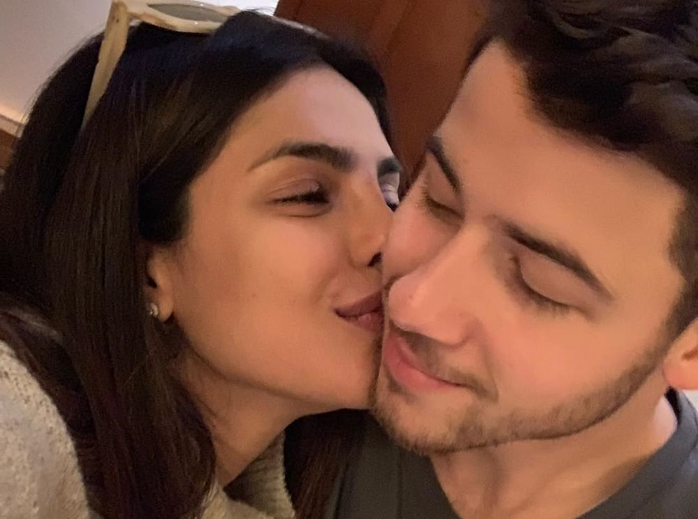 Priyanka feels 'honoured' to be kissing hubby Nick