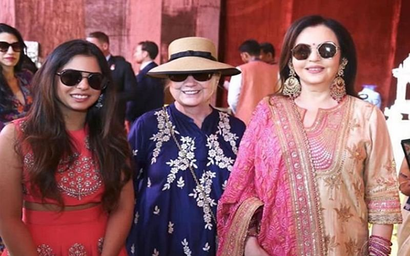 Bride-to-be Isha Ambani visits Swadesh Bazaar in Udaipur with mom Nita and former first lady Hillary Clinton