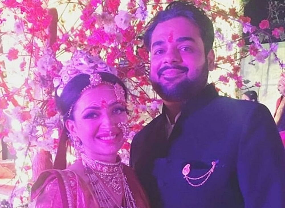 Inside Pictures! 'Makdee' actress Shweta Basu Prasad ties the knot to filmmaker Rohit Mittal in traditional Bengali ceremony