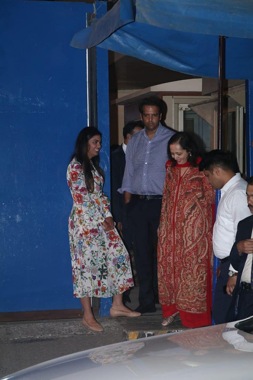 Dhirubhai Ambani School Annual Day: Aishwarya Rai Bachchan, Gauri Khan, other B-town folks in attendance with their kids