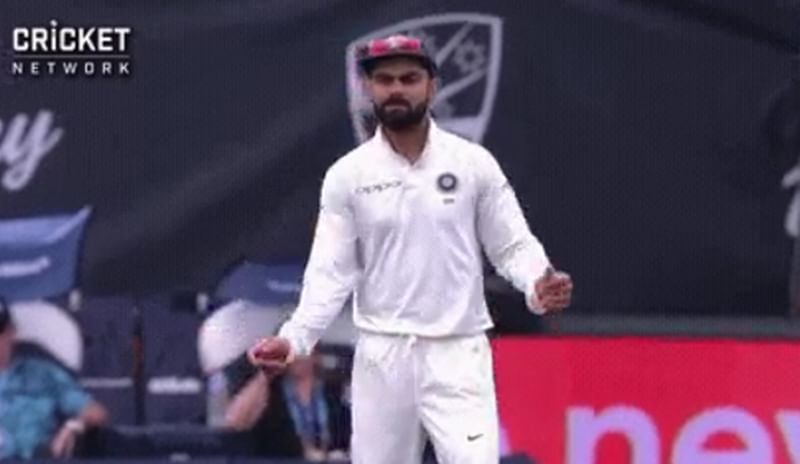 Jhalak Dikhla Jaa! Virat Kohli shows off impromptu dance moves while fielding during Day 3 of 1st Test; watch