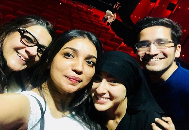 'Kedarnath' star Sara Ali Khan went undercover in a burkha to see audience reaction with mom Amrita Singh