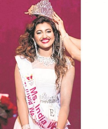 Shree Saini from US crowned Miss India Worldwide 2018