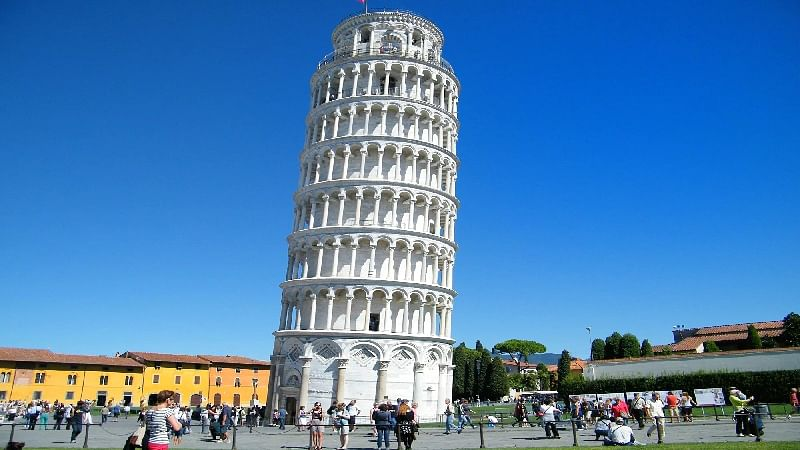 Experts are straightening the Leaning Tower of Pisa
