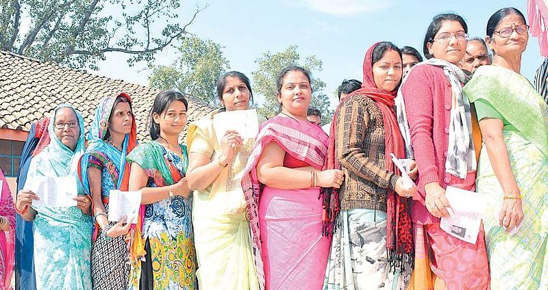 BJP banking on women, Congress on farmers