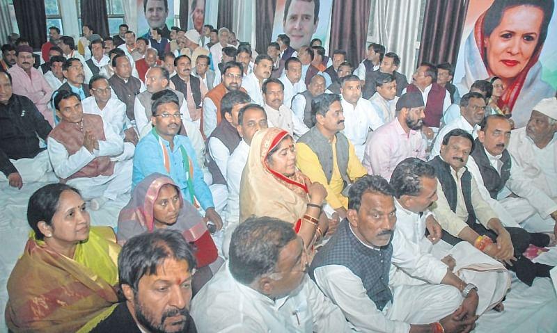 MLAs authorise Rahul Gandhi to pick CM