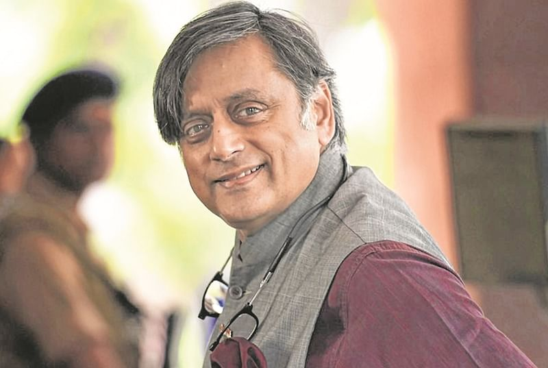 Shashi Tharoor left by local leaders to fend for himself