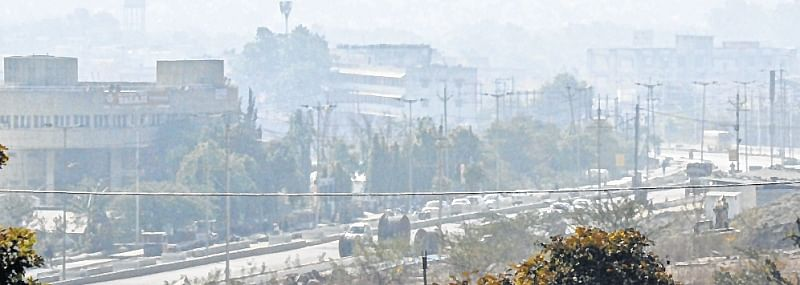Bhopal: 6 degree celsius city braves season's coldest night