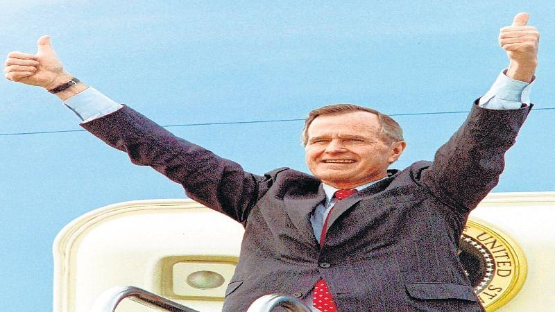 Former Soviet leader Mikhail Gorbachev hails George HW Bush for role in ending Cold War