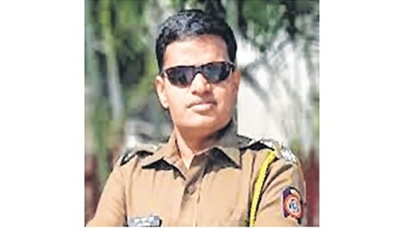 Maharashtra: Willing to go home or Gadchiroli but don't intimidate me, Deputy SP tells off an ex-min