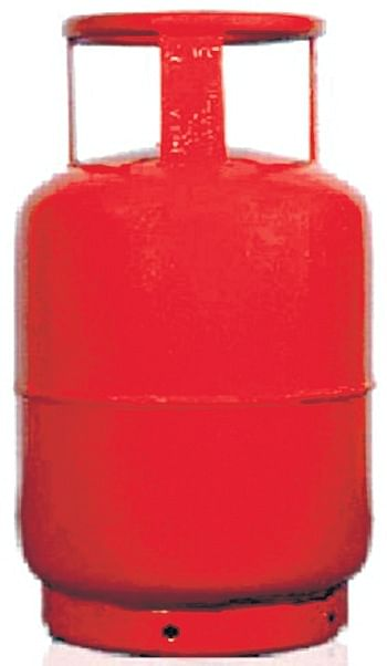 Mumbai: Hawkers face cop heat for illegal LPG use