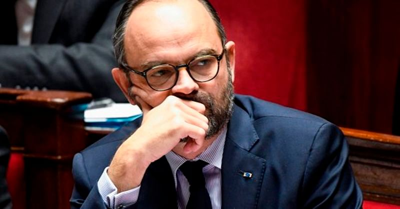 French prime minister Edouard Philippe defends police targeted by protesters
