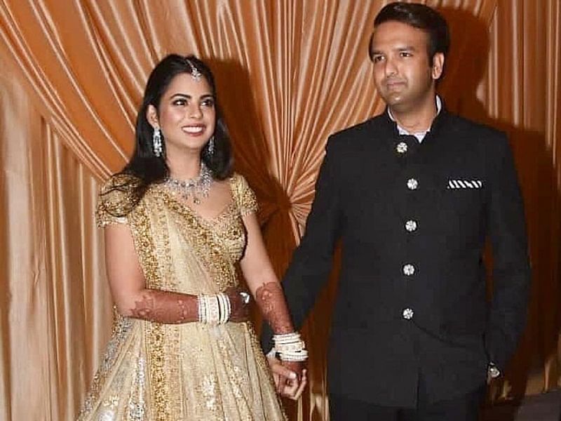 Pictures of Isha Ambani and Anand Piramal from their wedding reception out