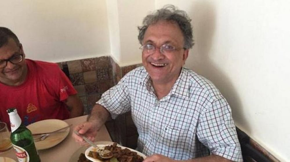 Ramchandra Guha removes beef tweet after facing flak, threats