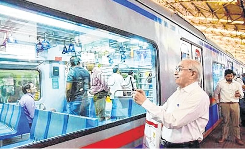 Mumbai: Borivali station registers highest earnings from AC local commuters
