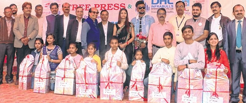 Indore: A riot of colours on Free Press premises