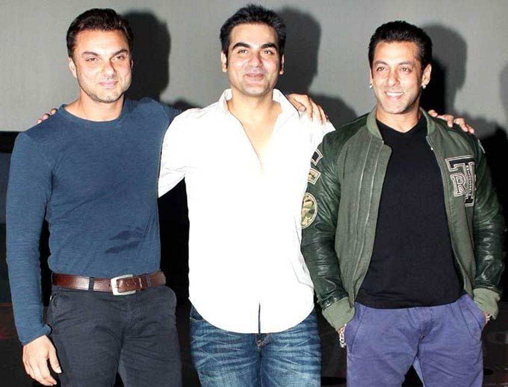 When Salman Khan was beaten up by brother Sohail Khan fans; watch video