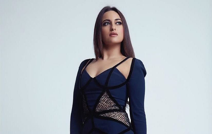 Never got treated like 'star' by my folks: Sonakshi Sinha
