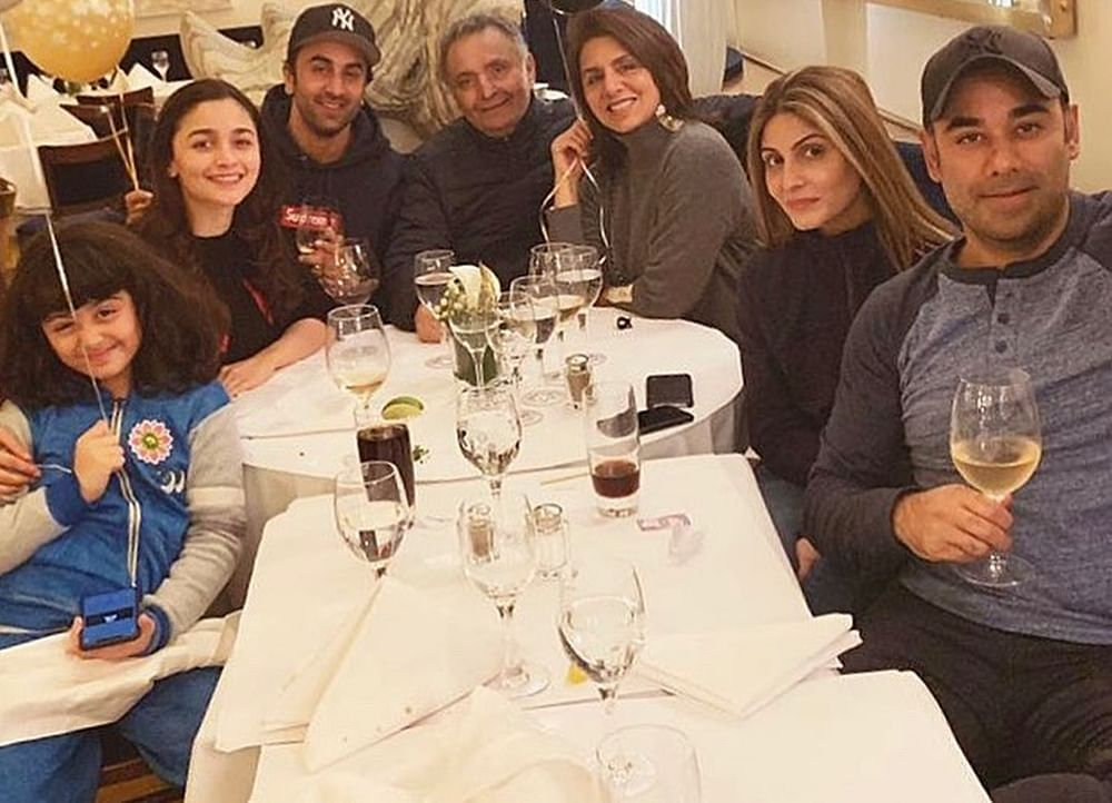 Alia Bhatt welcomes 2019 with Ranbir Kapoor and his family; see pics