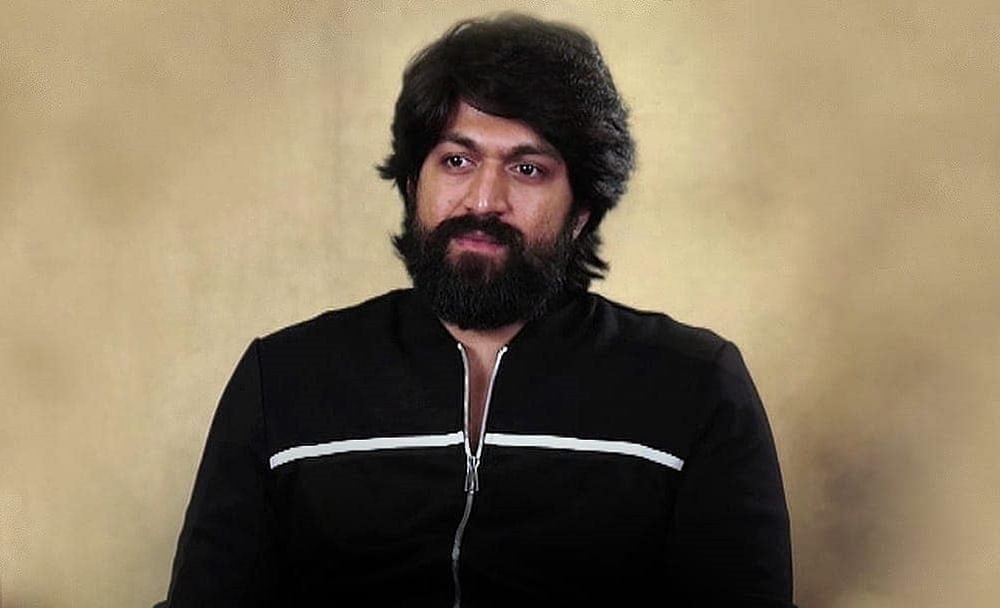 Fan of 'KGF' star Yash commits suicide by setting himself on fire outside the actor's house