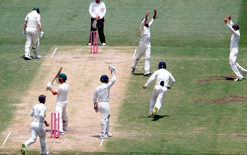India vs Australia 4th Test Day 3: Hosts 236/6 as bad light forces early stumps