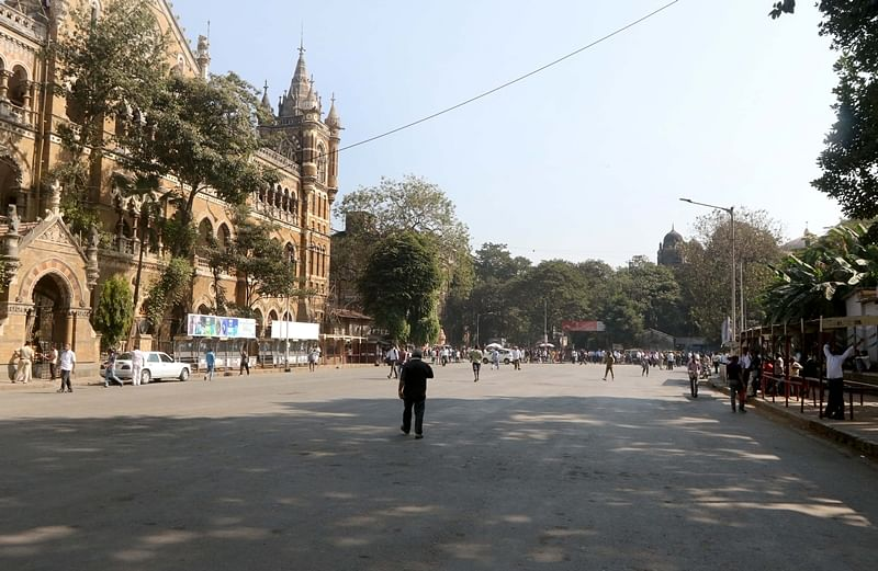 BEST strike: Empty bus stands to long taxi queues, Mumbaikars face tough time due to protest; see pics