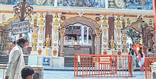 Indore: As city prays for hat-trick, team starts crucial check from Khajrana Temple