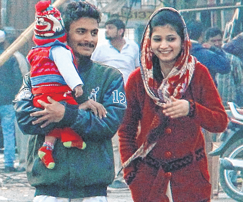 Indore: Sunny day brings relief from cold