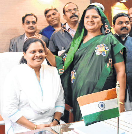 Bhopal: Congress Hina Kanwre elected dy speaker amidst commotion
