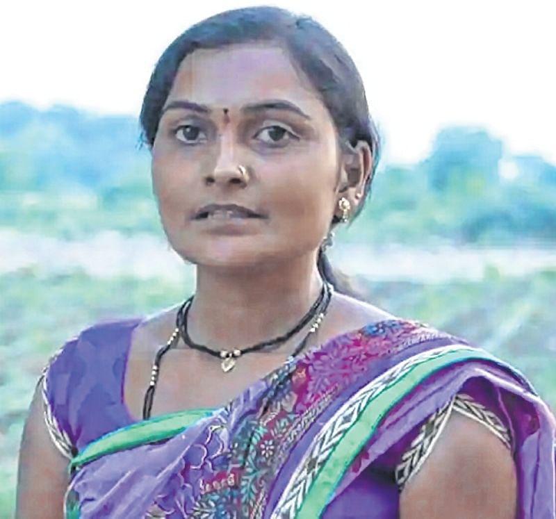 Mumbai: 'Nayantaras' galore at literary meet as protesters wear masks