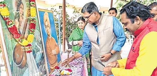 Ujjain: 'Vivekananda thoughts vital for moral life'