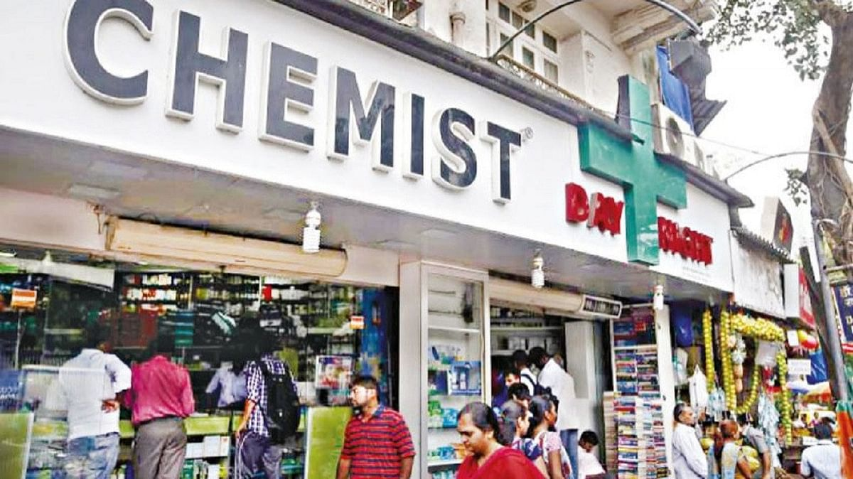Indore: BITTER PILL 3K  druggists to down  shutters against e-biz