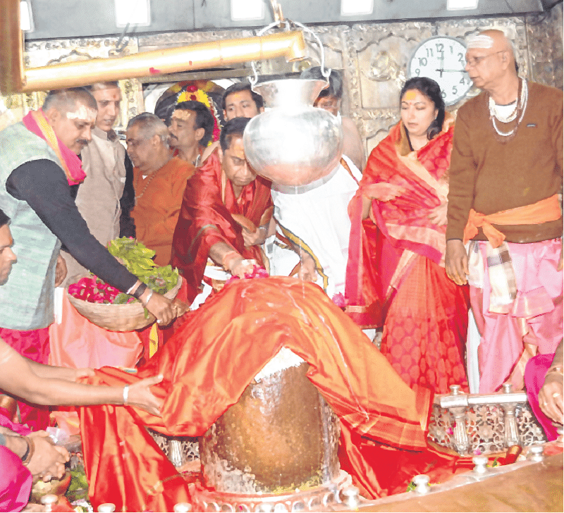 Ujjain: CM begins New Year with Lord Mahakal darshan