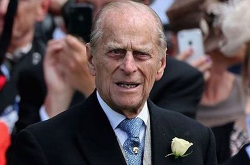 UK: Prince Philip unharmed after traffic accident, two injured