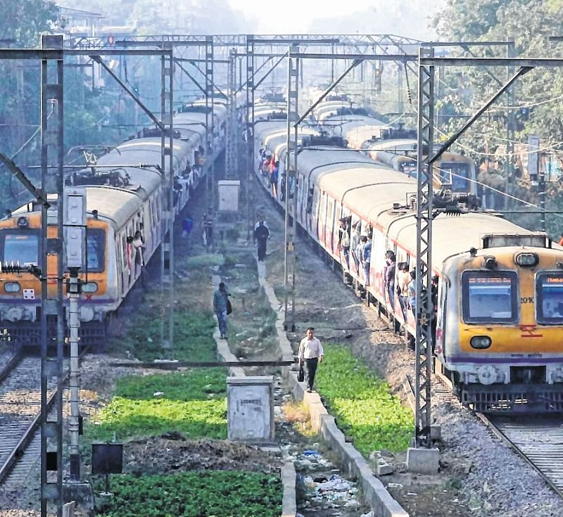 Mumbai: Central Railway commuters crippled by hat-trick of rail fractures during rush hour